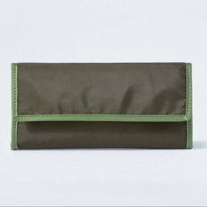 Goodfellow & Co Green Foldable Travel Strap Wallet